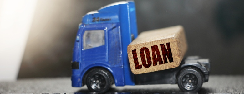 Should you pay off a debt with a personal loan or borrow from family and friends?